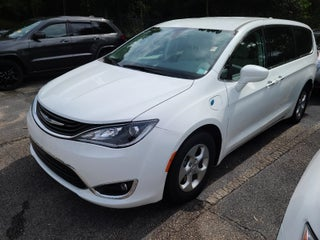 d8c1cb50a1 2018 Chrysler Pacifica Hybrid Hybrid Touring Plus FWD in Raleigh